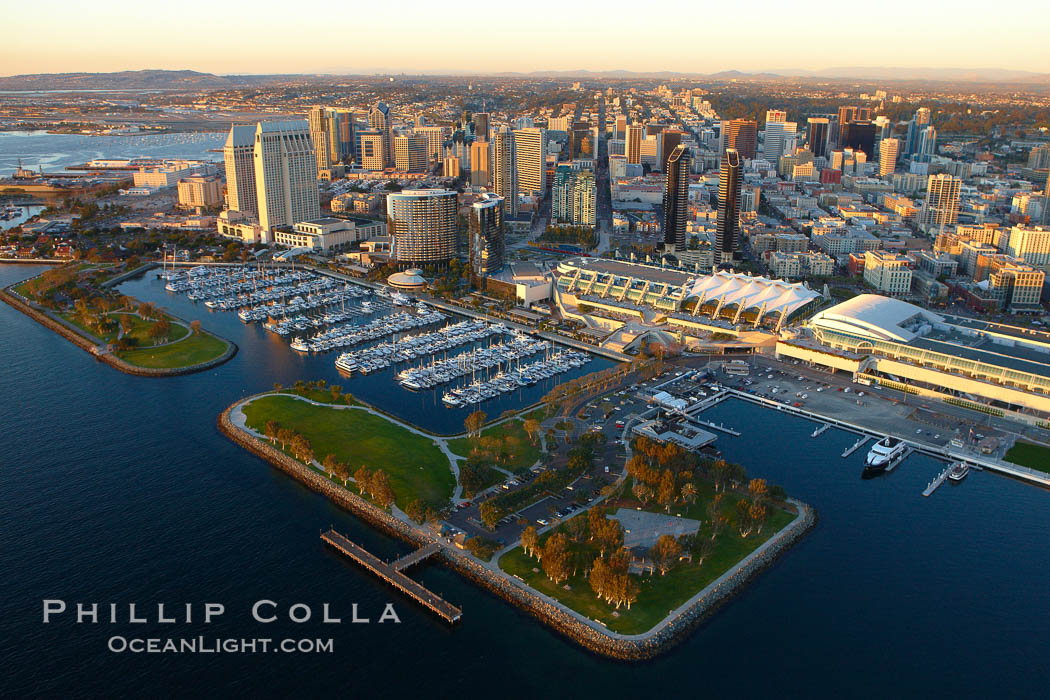 San Diego Embarcadero Marina Park, with yacht basin, San Diego Convention Center (right), Marriott (center) and Grand Hyatt (left) hotels. San Diego, California, USA, natural history stock photograph, photo id 22330