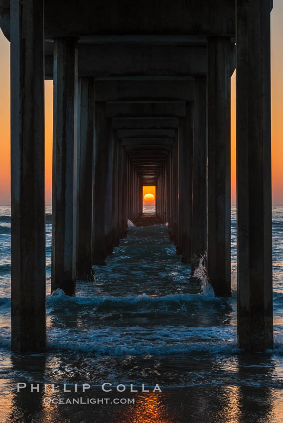 Scripps Pier solstice, sunset aligned perfectly with the pier. Scripps Institution of Oceanography, La Jolla, California, USA, natural history stock photograph, photo id 28475