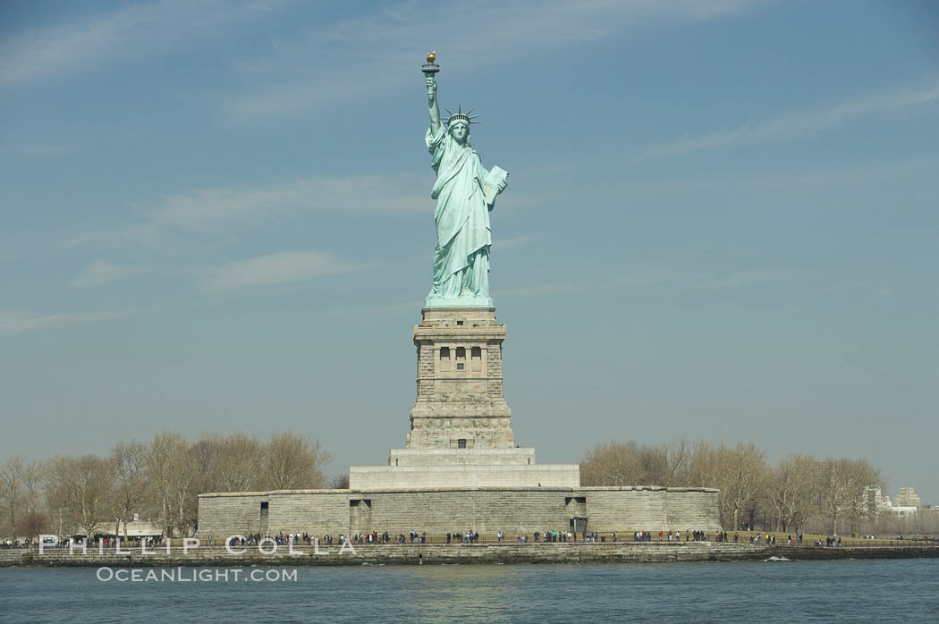 The Statue of Liberty, New York Harbor. Statue of Liberty National Monument, New York City, New York, USA, natural history stock photograph, photo id 11087
