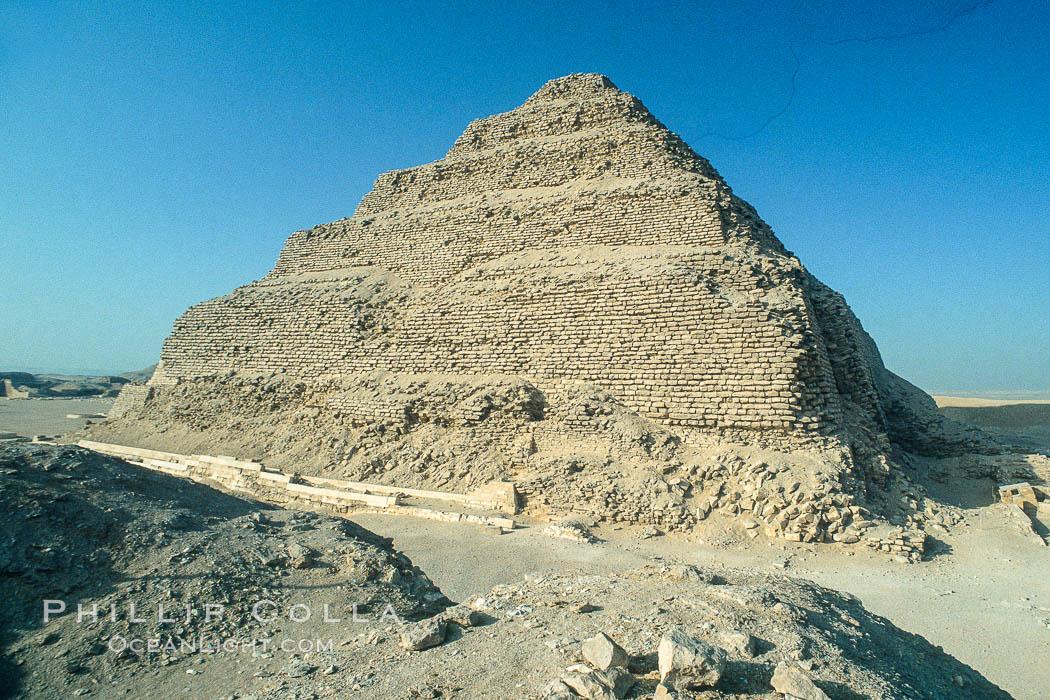 Step pyramid of Djoser (Zoser). Saqqara, Egypt, natural history stock photograph, photo id 02575
