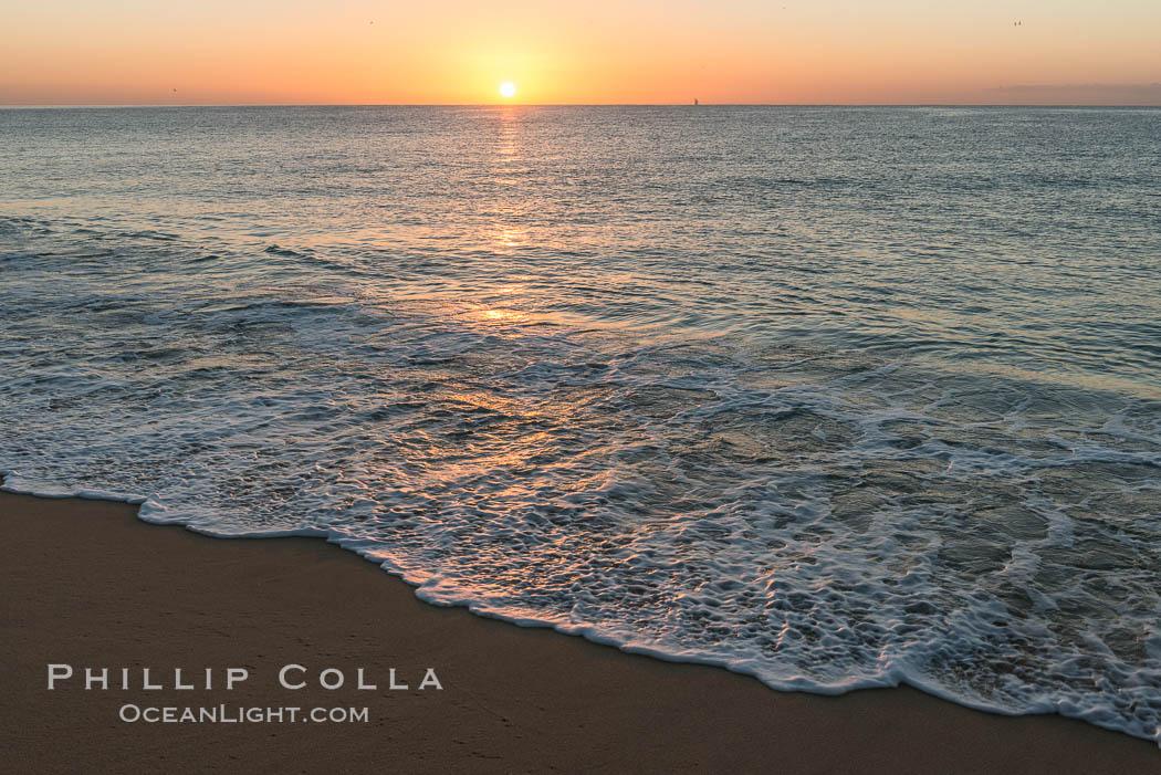 Sunrise on Medano Beach, on the coast of Cabo San Lucas, Mexico. Cabo San Lucas, Baja California, Mexico, natural history stock photograph, photo id 28950