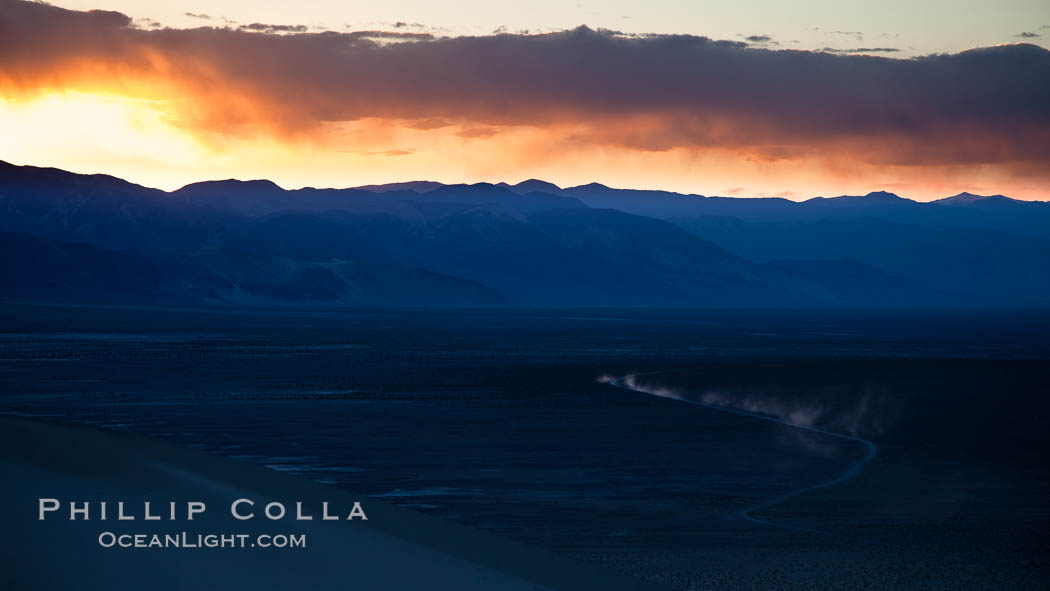 Sunset in the Eureka Valley. Death Valley National Park, California, USA, natural history stock photograph, photo id 25349