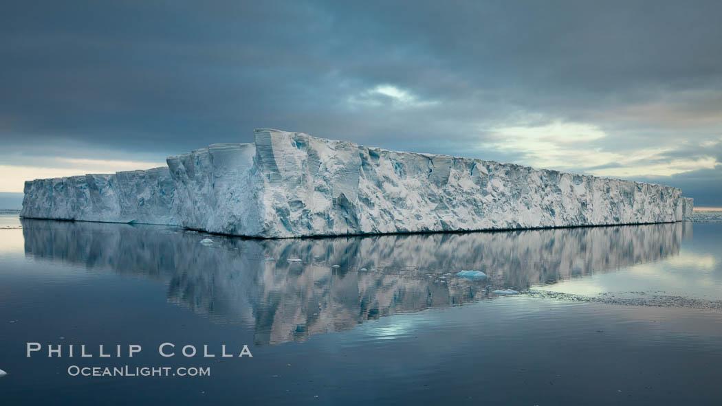Tabular iceberg, Antarctic Peninsula, near Paulet Island, sunset. Paulet Island, Antarctic Peninsula, Antarctica, natural history stock photograph, photo id 24778