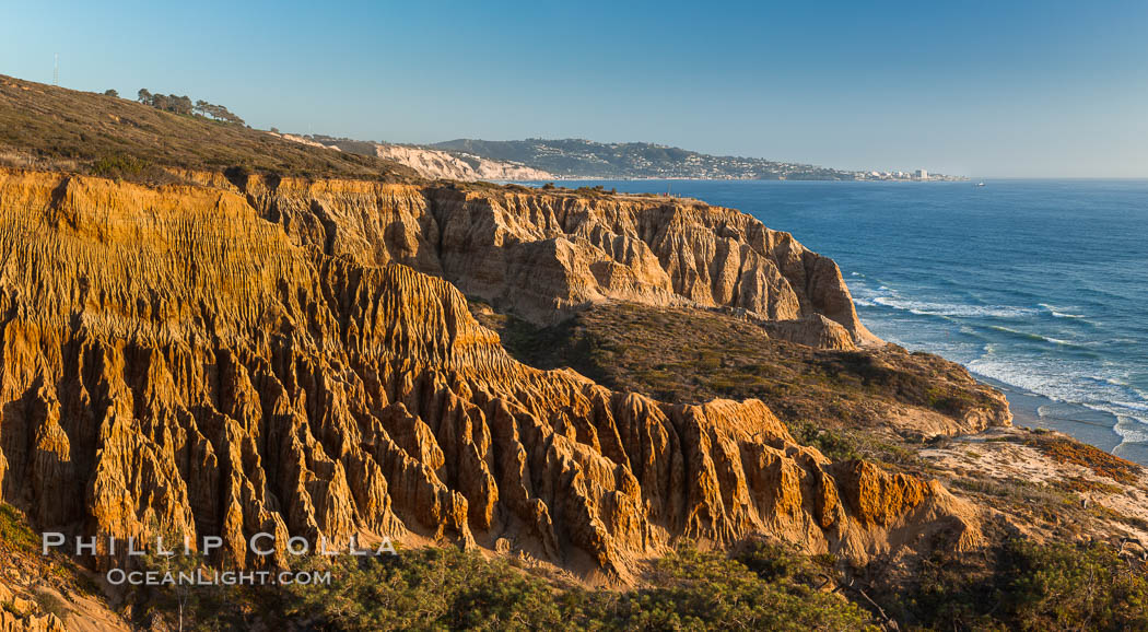 Torrey Pines Cliffs and Pacific Ocean, Razor Point view to La Jolla, San Diego, California. Torrey Pines State Reserve, San Diego, California, USA, natural history stock photograph, photo id 28487