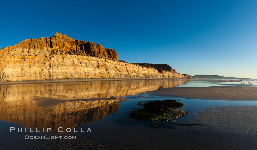 Beautiful sunset on Torrey Pines State Beach. Torrey Pines State Reserve, San Diego, California, USA, natural history stock photograph, photo id 27257