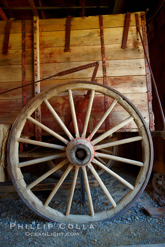 Wagon wheel, in County Barn. Bodie State Historical Park, California, USA, natural history stock photograph, photo id 23149