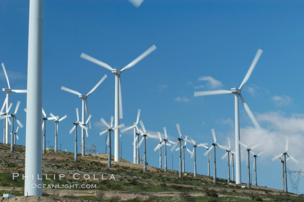 Wind turbines provide electricity to Palm Springs and the Coachella Valley. San Gorgonio pass, San Bernardino mountains. San Gorgonio Pass, California, USA, natural history stock photograph, photo id 06880