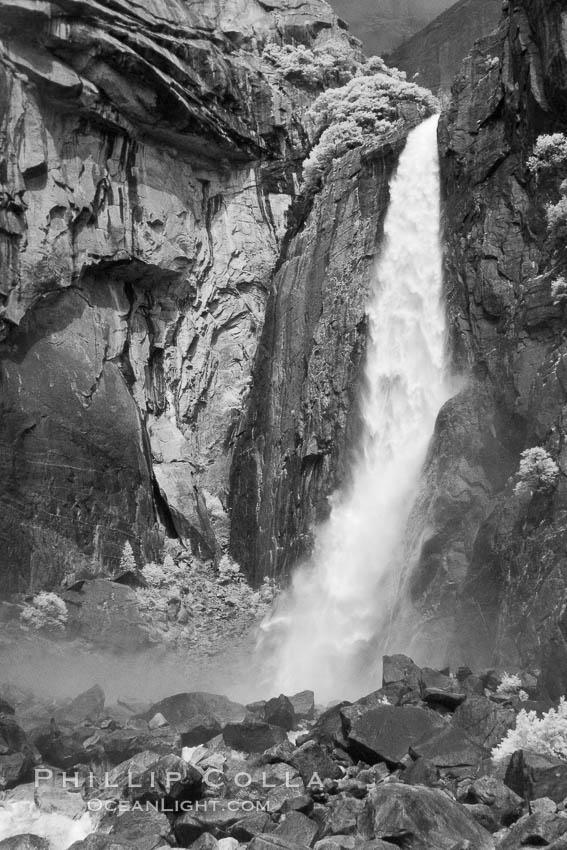 Lower Yosemite Falls in spring. Yosemite Falls, Yosemite National Park, California, USA, natural history stock photograph, photo id 22769